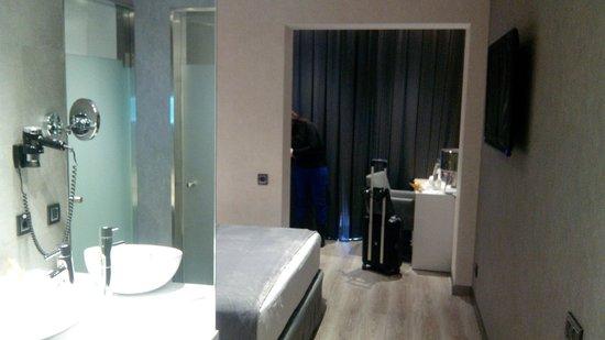 Hotel Vueling BCN by Hc: Habitación superior