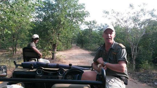 Motswari Private Game Reserve : Tracker and guide