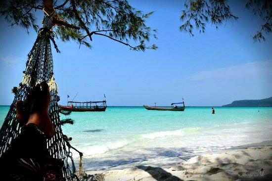 Кох-Ронг, Камбоджа: Long beach