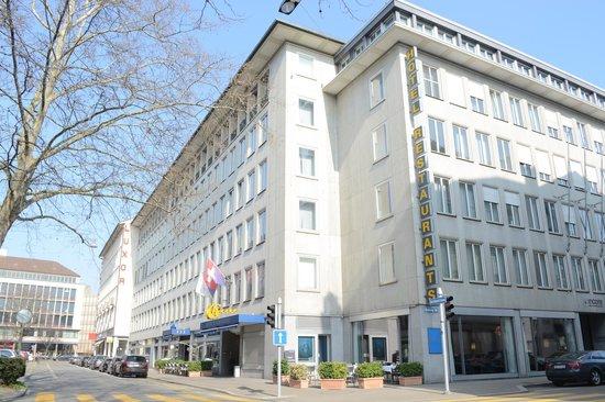 Hotel Glärnischhof: Hotel Aussenansicht