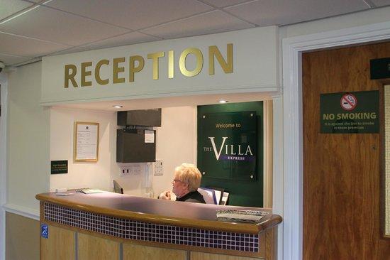 The Villa Express Kirkham: Reception