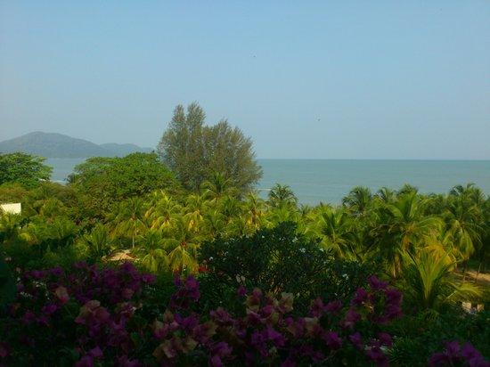 PARKROYAL Penang Resort, Malaysia : our room facing the sea