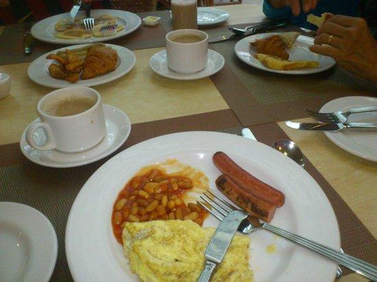 PARKROYAL Penang Resort, Malaysia : breakfast - various food