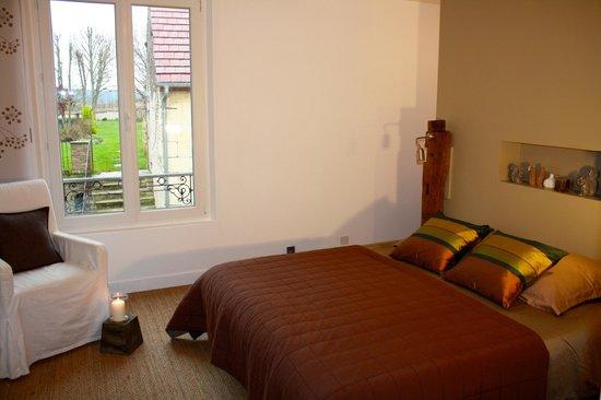 La chambre de la suite parentale - Photo de Gite du soldat Carouge ...