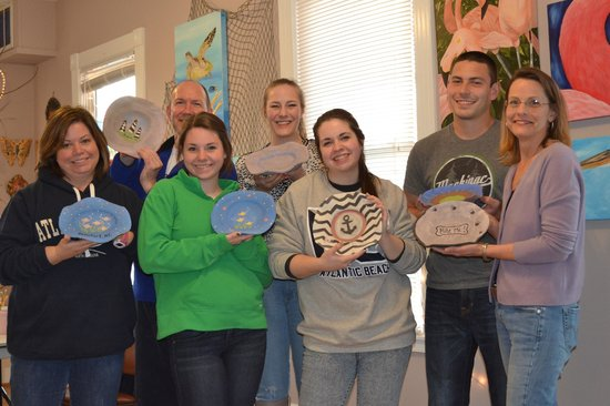The Artestry Hideaway: Making our own pottery