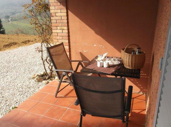 Villa del Sole: Colazione fuori stanza con vista panoramica
