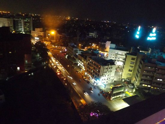 The Raintree Hotel - Anna Salai : A view from the roof of the Raintree
