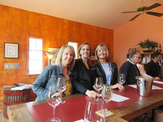 Stagecoach Wine Tours Santa Ynez: Wine tasting!