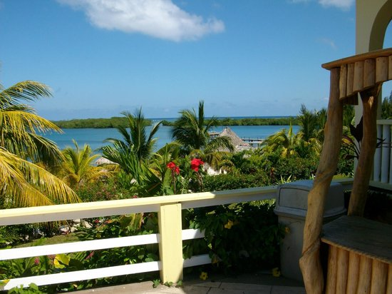Turquoise Bay Dive & Beach Resort: view from above
