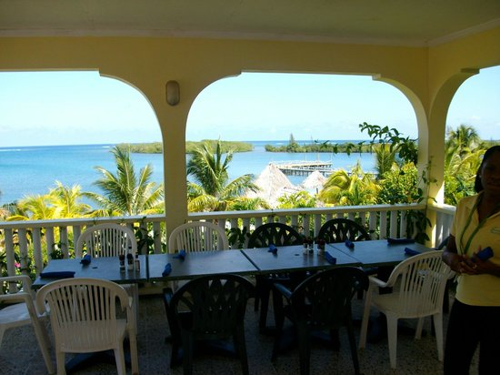 Turquoise Bay Dive & Beach Resort: view fro the veranda