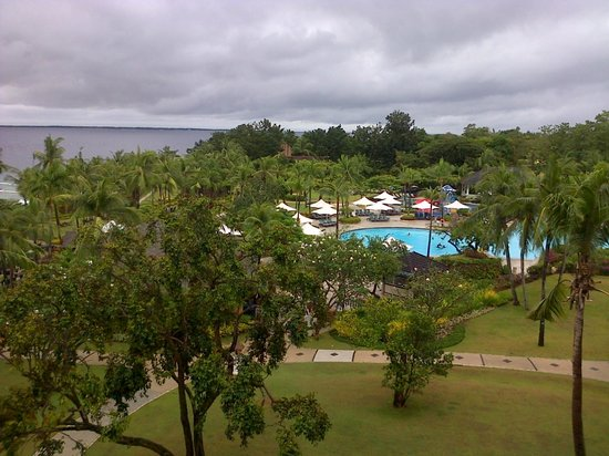Shangri-La's Mactan Resort & Spa: ocean view room