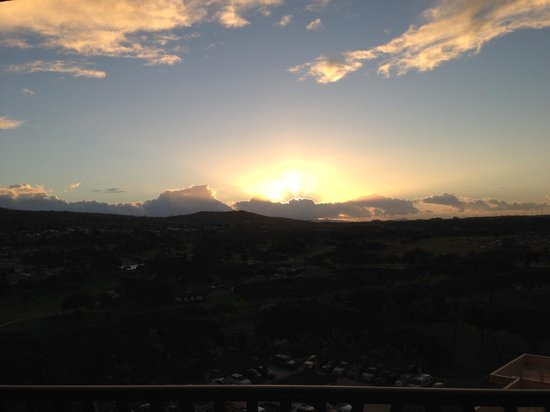 Aulani, a Disney Resort & Spa : a view of the sunset from our room
