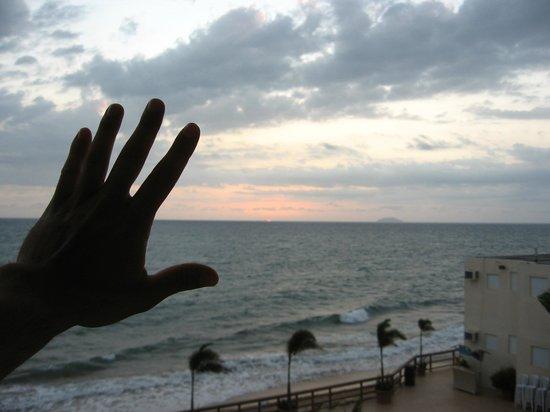 Villa Cofresi Hotel : Last sunset in PR :(