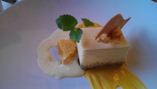 Hob Nob Restaurant : Vanilla Cheesecake