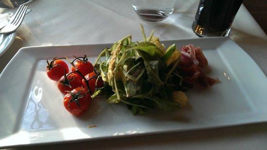 Hob Nob Restaurant: Salad