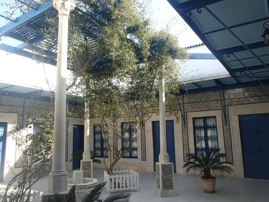 Hotel  Sidi Bou Said : Inner garden of the hotel