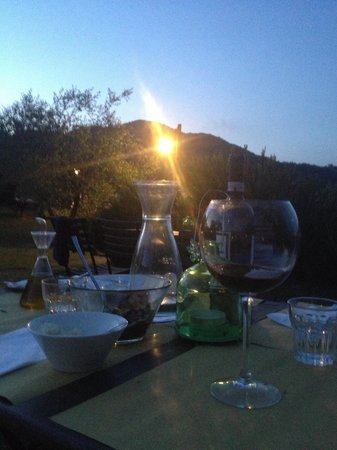 L'Ozio in Collina : Dinner with the view. Ozzio in Colina