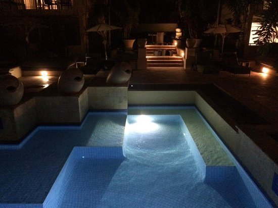 The Sebel Noosa: Night view of the pool