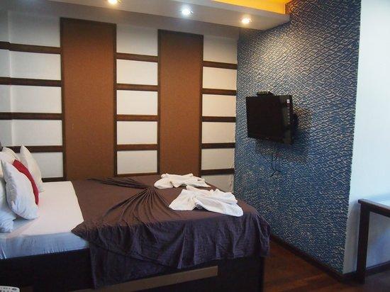 Ripple Beach Inn: deluxe seaview room
