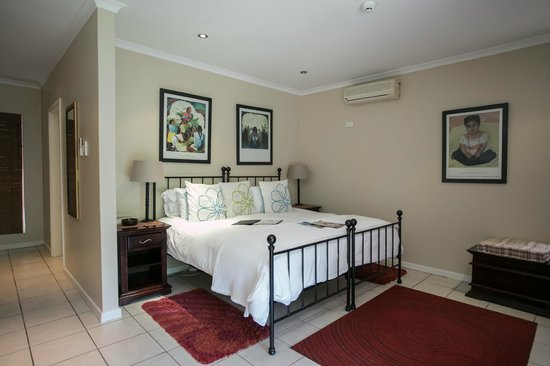 Westville Bed & Breakfast : Rivera Room