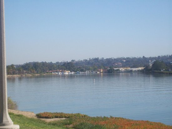 Homewood Suites by Hilton San Diego Airport - Liberty Station : Waterway behind hotel