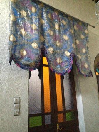 Dar El Ouedghiri: ingresso della camera