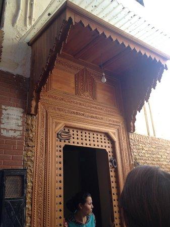 Dar El Ouedghiri: ingresso del riad