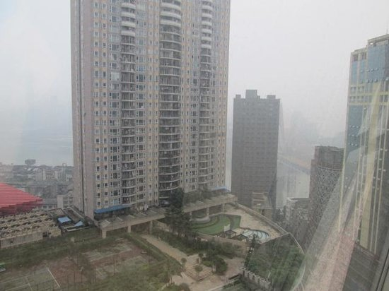 InterContinental Chongqing: 隱約可以看到長江