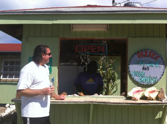 Yardie's Restaurant, Bar and Conch Stand : Derek's Conch Shack!