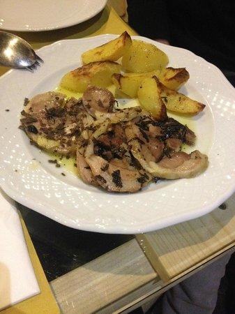 Osteria A Priori: agnello al tartufo con patate