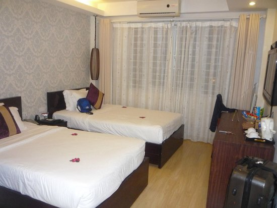 Hanoi Impressive Hotel: la chambre pour moi seule
