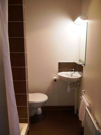 Montempô Apparthotel : Salle de bain