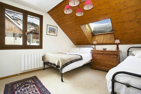 Chalet Rostaing : Bedroom 5 (twin)