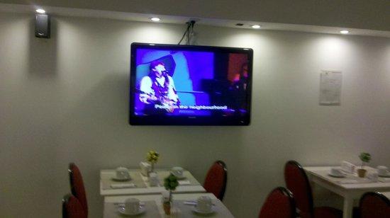 Ker Urquiza Hotel & Suites: desayunador