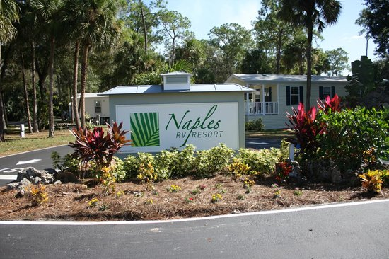 Naples RV Resort: The sign at the entrance, showing it off proudly.