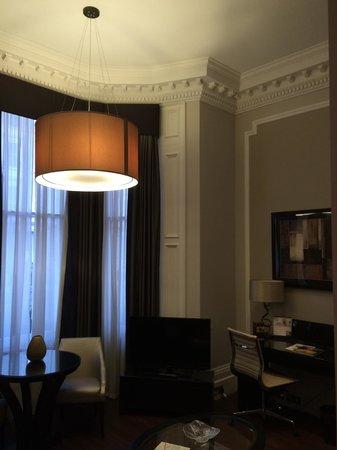 Fraser Suites Queens Gate: Spacious room