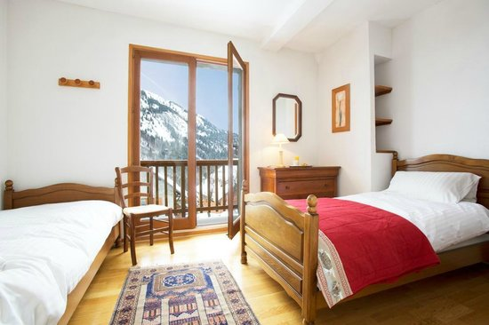 Chalet Lucette: Bedroom 1, Twin
