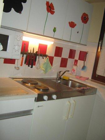 Appartements Undine: Кухня
