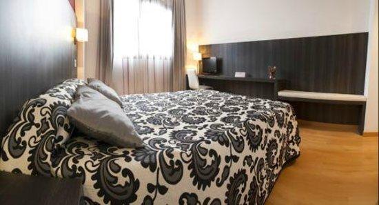Hotel Via Norte: Habitación cama 1,50