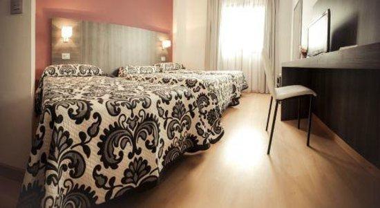 Hotel Via Norte: Habitación TRIPLE
