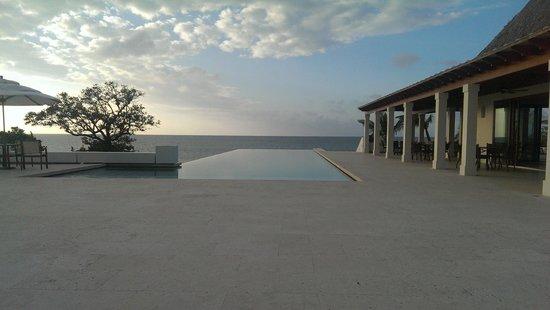 Las Verandas Hotel & Villas: pool