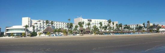Hard Rock Hotel Vallarta: Not huge, but nice