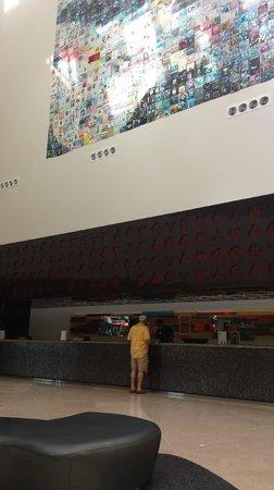 Hard Rock Hotel Vallarta: The check in area
