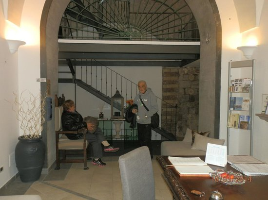 Hotel Rivoli Sorrento: Entrada, muy lindo.