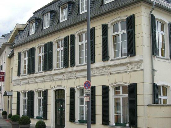 Classic Hotel Harmonie : Voorzijde