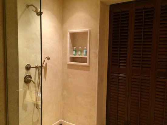 Royal Isabela: The shower. The brown doors open up to your private patio and it becomes an outdoor shower!