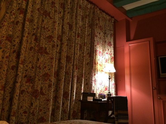 Le Relais Saint-Honore : 部屋の内部