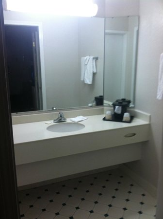 La Quinta Inn New Orleans Slidell : Bathroom