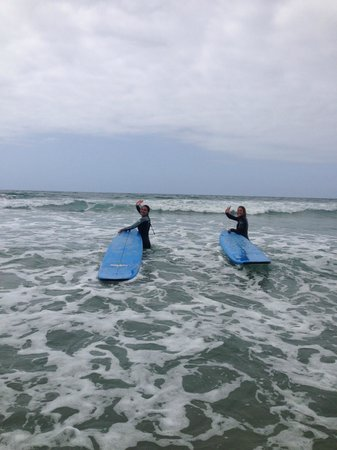 Leucadia Surf School: bestfriend and I heading out