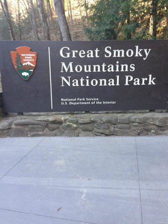Sugarlands Visitors Center : Great Smoky Mountain Sign